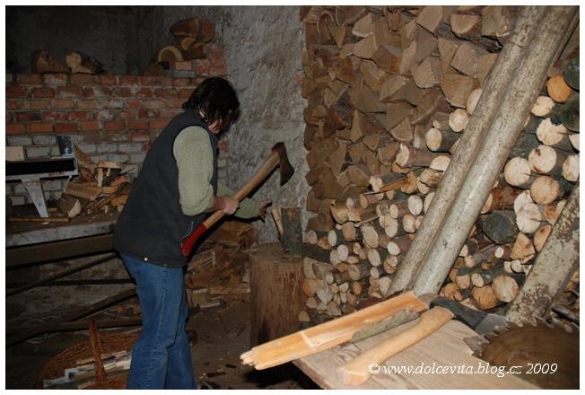 sekání dřeva