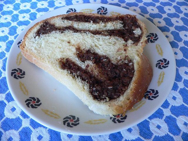 oriskova-s-cokoladou-rez