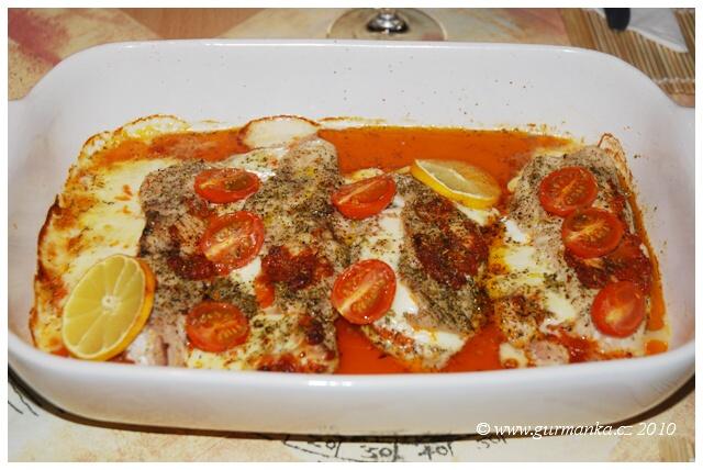 kuřecí plátky pečené s růžovým pestem a mozzarellou 2