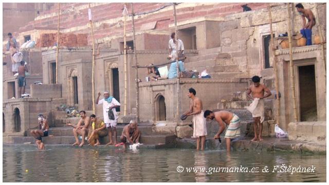 Indie - posvatna reka