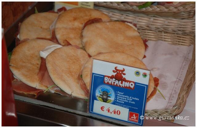 Itálie pečivo