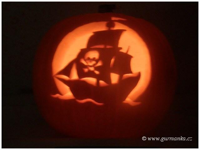 """""""vyřezávaná halloweenská dýně od Simonky"""""""