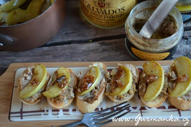 Terrine foie gras s karamelizovanými jablky