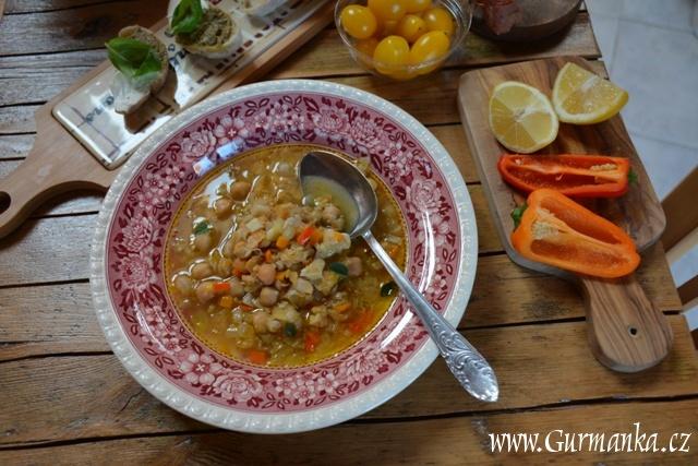 Cizrnová polévka z pánve (4)